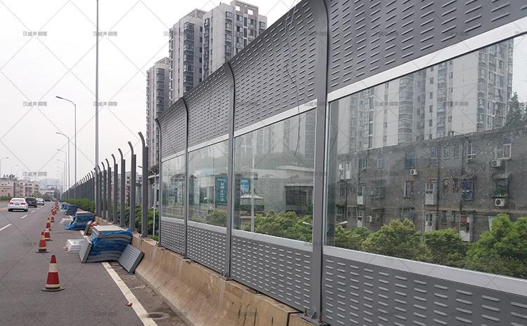 湖南株洲芦淞大桥2.5*2.5声屏障